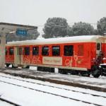 Il Treno dei Sapori colora la neve nella stazione d'Iseo