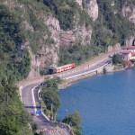 treno e lago