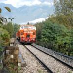 treno con montagne Valcamonica