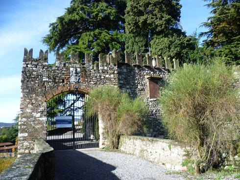 Castello Bornato Ingresso