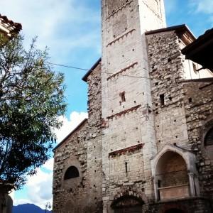 La facciata estrerna della Pieve Sant'Andrea