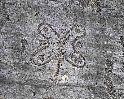 pitoti-incisioni-rupestri-della-valcamonica-0_13423-400x320